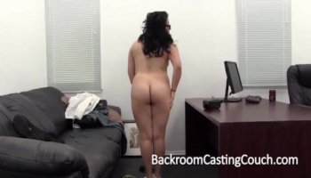 Busty Babe Gives Awesome Head On Her Husband live