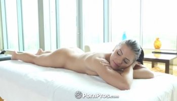 Sara Jay is demonstrating her ideal big butt
